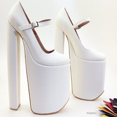 30 cm Super High Heel Platforms White - Tajna Club Source by albertaileen High heels Extreme High Heels, Super High Heels, Platform High Heels, Black High Heels, High Heels Stilettos, Chunky High Heels, Sexy Heels, Nude Heels, Stiletto Heels