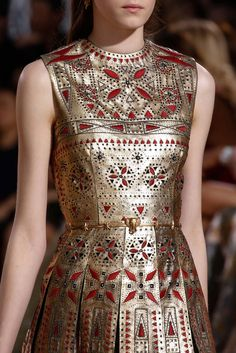 Warrior chic  ||  Valentino Fall 2015 Couture - Details - Gallery - Style.com