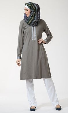 Shop Modest length, Comfortable -Wear Daily Kurtis for your regular use. Kaftan Style, Modest Wear, Islamic Clothing, Embroidered Tunic, Cotton Tunics, Kurti, Clothes, Dresses, Satin