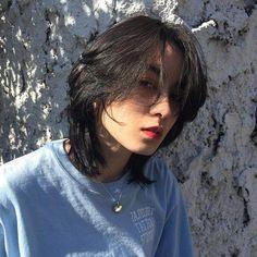 Cách chọn tóc tỉa layer theo khuôn mặt giúp nhan sắc 'sang trang' xuất sắc Asian Short Hair, Short Hair Cuts, Edgy Short Hair, Edgy Hair, Girl Short Hair, Shot Hair Styles, Curly Hair Styles, Hair Inspo, Hair Inspiration