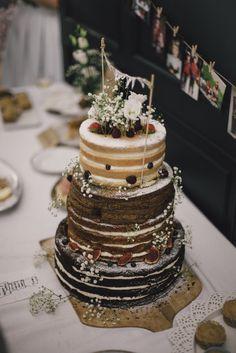 Victoria sponge - gluten free - mák, pařížská šlehačka a višně - ořechy, fíky a med - čokoládovo-tvarohový míša -  kd photo martina svatba2 weddingcake nakedcake