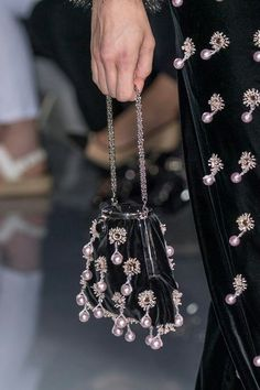 Bag from armani haute couture fashion show fall/winter 2017 at paris #PearlsThatGoWith #TheRunway #HonoraPearls