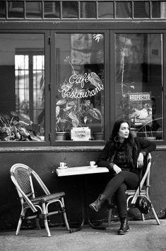 Parisiennes - Mélissa - Rue de la Montagne Sainte-Geneviève by Christophe Lecoq