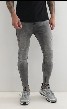 Tight Jeans Men, Superenge Jeans, Super Skinny Jeans, Crotch Shots, How To Look Skinnier, Moda Casual, Jean Outfits, Leggings Fashion, Adidas Women