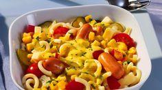 Ein leichtes Rezept für einen bunten Gabelspaghetti-Salat und viele weitere cremige und leichte Kochrezepte gibt es auf rama-cremefine.de.