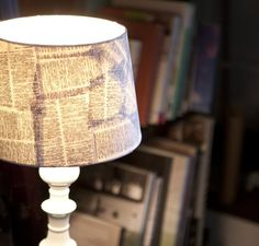 18 handmade lampshades that look better than those from IKEA Ikea, Handmade Lampshades, Diy Lampshade, Book Lamp, Book Page Crafts, Lamp Shades, Recycled Glass, Book Pages, Home Look