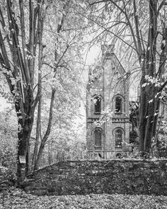 The abandoned Wyndclyffe Mansion broods over the Hudson River in Rhinebeck, New York. Photo by Will Ellis/Abandoned NYC