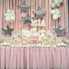 """1,037 Likes, 9 Comments - Arpy (@chocolate_favors_pops) on Instagram: """"Twinkle twinkle little star ⭐️ Happy first birthday beautiful Mia Event styling…"""""""