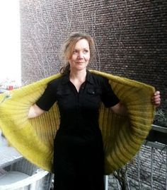 Blouson jacket for women – sewing pattern database Soul warmer XL Crochet Pullover Pattern, Poncho Knitting Patterns, Simply Knitting, Crochet Wool, Knitted Coat, Cardigan Outfits, Poncho Sweater, Patterned Socks, Man Fashion