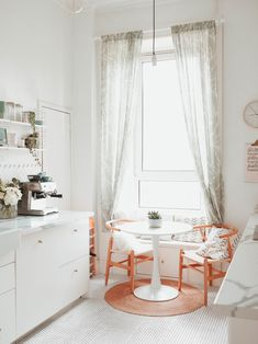 Trends You Need To Know Kitchen Dining Room Small Tiny House Small Rooms, Small Spaces, Small Tiny House, Floating, Dining Room Furniture, Furniture Stores, Kitchen Decor, Kitchen Dining, Dining Nook