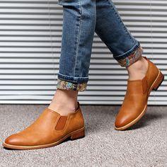 High-quality Men Pointed Toe Cow Leather Low-top Casual Boots - NewChic  Chaussure bcbfb81b75a7