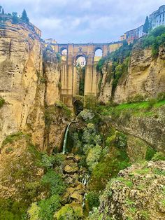 A must see is the town of Ronda! It's breathtaking! South Of Spain, Seville, Malaga, Long Weekend, Brooklyn Bridge, Grand Canyon, Travel, Wine Cellars, Sevilla
