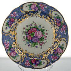 "Блюдо""Цветы"". Гжель. rusvelikaia.ru Old Plates, China Plates, Plates And Bowls, Plate Wall Decor, Plates On Wall, Antique China, Vintage China, Dish Display, China Patterns"