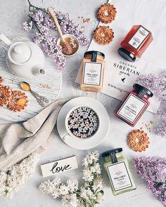 всем вторник у нас сегодня просто королевский завтрак с мёдом-суфле и мармеладом от @organic_siberian_goods и это самый вкусный крем-…