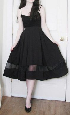 organza black midi skirt  http://rstyle.me/n/j8tjvpdpe