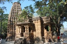 Preview Image 1 Bodh Gaya, Archaeological Survey Of India, Types Of Horses, Big Garden, 11th Century, See Images, Mountain Range, Maine House, See Picture