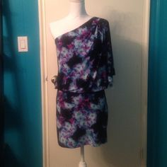 Jessica Simpson Dress Beautiful colors in this one shoulder blouson Jessica Simpson dress. NWT. Listed on mercari for less if interested. Jessica Simpson Dresses One Shoulder