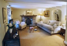 Luxury thatched cottage near Mylor, Cornwall