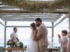 casamento-na-praia-noivos.jpg 800×600 pixels