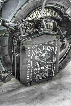 All things Jack Daniel's Custom Harleys, Custom Motorcycles, Vintage Motorcycles, Vespa, Jerry Can Mini Bar, Moto Scrambler, Jack Daniels Bottle, Side Car, Mini Chopper