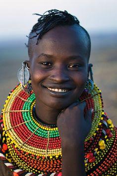Young woman of the Turkana tribe Kenya by Johan Gerrits Beautiful Smile, Beautiful Black Women, Beautiful People, African Tribes, African Women, We Are The World, People Around The World, Tribal People, African Culture