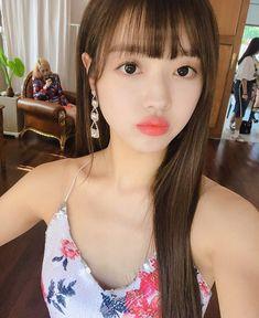 Oh My Girl Yooa, Kpop Girls, Asian Beauty, Cute Girls, Actresses, Photo And Video, Celebrities, Pretty, Beautiful