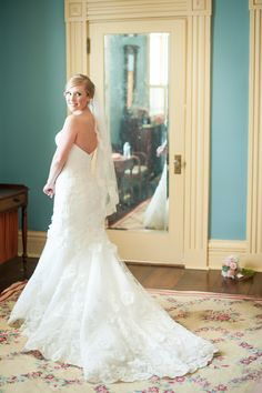 lace wedding dress train, fit n flare wedding gown