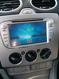 Raspberry Pi car computer by Flamelily I.T