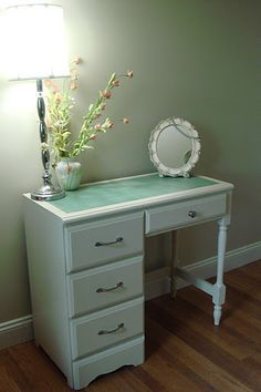 Whimsical Perspective - Painted Desk - Love it. Will paint my old desk Bathroom With Makeup Vanity, Vanity Desk, Vanity Tables, Dresser Desk, Furniture Projects, Furniture Makeover, Home Projects, Furniture Ideas, Reclaimed Furniture