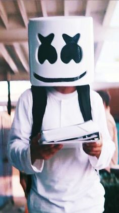Marshmello Wallpapers and Top Mix Marshmello Alone, Marshmello Dj, Iphone Wallpaper Music, Mobile Wallpaper, Artwork Dj, Dj Alan Walker, Dj Images, Marshmello Wallpapers, Dj Quotes