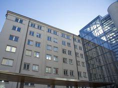 #Affarscentret på Ringvägen 100 ligger i hjärtat av Södermalm, en av Stockholms centrala stadsdelar, i en byggnad med underbar utsikt över staden.