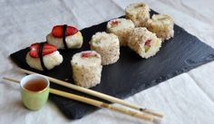 Sushi dolce con la frutta