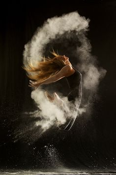 Adele's 'Rolling In The Deep' Inspires Geraldine Lamanna's Powder Dance Photography (PICTURES)