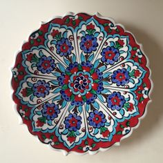 great ideas for painting techniques ceramics ceramics . great ideas for painting techniques ceramic ceramic art great ideas f Ceramic Clay, Ceramic Plates, Pottery Painting, Diy Painting, Turkish Plates, Wall Painting Living Room, Canvas Painting Quotes, Cup Art, Blue Pottery