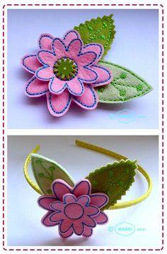 Der Stickbär   Designbeispiel: Filzblumen