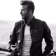 50 David Beckham hair styles - we have fohawks, all his dyed blonde hairstyles, the shaved sides look, the spiky hair that was crazy popular, & lots more! Mens Hairstyles Oval Face, Beckham Hair, Oval Faces, Shaved Sides, David Beckham, Blonde Hair, Leather Jacket, Hair Styles, Hair Ideas