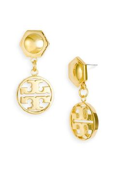 Tory Burch silver circle logo drop earrings Brand new, drop circle gold earrings. includes original backing, dust bag and gift bag. Ships next day. Silver Earrings, Stud Earrings, Hanging Earrings, Circle Logos, Earring Cards, Chanel Classic Flap, Diamond Are A Girls Best Friend, Women's Accessories, Tory Burch