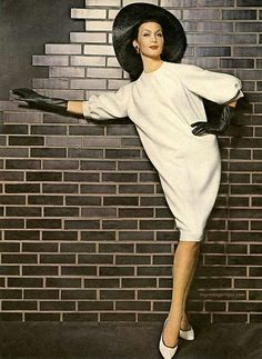 Isabella Albonico wearing Arnold Scaasi / Cover Girl 1963