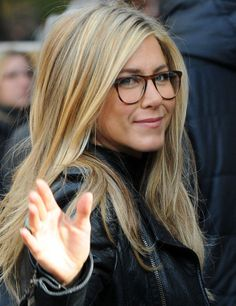 Jennifer Aniston - More at http://cine-mania.it