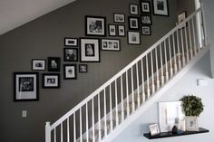 Pictures on Stairs - Photowall Ideas Pictures On Stairs, Stairway Photos, Stairway Paint Ideas, Stairway Gallery Wall, Wall Pictures, Photo Wall Design, Photowall Ideas, Stair Walls, Stair Photo Walls