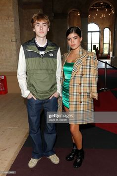 "gene and molly at the ""as it was"" premiere Gene Gallagher, Lennon Gallagher, Liam Gallagher Oasis, Oasis Music, Baby G, Robin, Indie, Bands, Portrait"