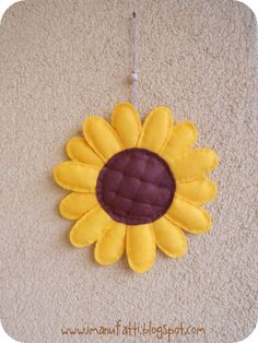Free Felt Sunflower Pattern and Tutorial