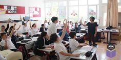 """Okulların kapanmasıyla evde oturmak yerine başlatılan yaz dönemi destekleme ve yetiştirme kurslarına kayıt yaptıranların çoğu yetenekli ve okumaya azimli gençlerden oluşuyor.  Yaz tatili başladı ama çocukların okula ya da kursa gitme """"çilesi"""" bitmedi. Milli Eğitim Bakanlığı'nın açtığı yaz kurslarına 634 bin başvuruyla rekor kırıldı. Öğrenciler en başarısız oldukları matematik, Türkçe, fen bilimleri ve yabancı dil kurslarına yazıldı ancak en büyük ilgiyi yetenek kursları gördü. Öğrencilerin…"""