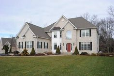 House of the Day ~ Beautiful Colonial on cul-de-sac. Offered by David D'Ausilio - http://www.raveis.com/mls/99013872/15settlersridgedrive_trumbull_ct#
