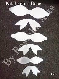 Resultado de imagem para FOTOS DE MOLDES DE LAÇOS Diy Hair Bows, Fabric Hair Bows, Handmade Hair Bows, Bow Hair Clips, Diy Bow, Fabric Flowers, Felt Bows, Ribbon Bows, Ribbon Crafts