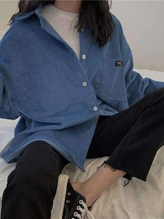 COAT IMMORTAL SHIRT - You are in the right place about sporty outfits Here we offer you the most beautiful pictures abou - Tumblr Outfits, Mode Outfits, Aesthetic Fashion, Aesthetic Clothes, Look Fashion, Fashion Coat, Aesthetic Outfit, Fitness Aesthetic, Aesthetic Art