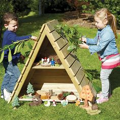 Terrific Pic Wooden Pallets eyfs Tips The regular lifespan with wooden pallets is approximately years, which undoubtedly isn't a short lifetime . Outdoor Learning Spaces, Kids Outdoor Play, Outdoor Play Areas, Kids Play Area, Kids Outdoor Spaces, Outdoor Games, Preschool Playground, Preschool Garden, Backyard Playground