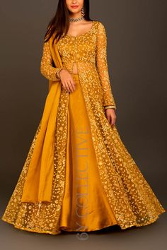 HappyShappy - India's Own Social Commerce Platform Party Wear Indian Dresses, Indian Wedding Gowns, Designer Party Wear Dresses, Indian Gowns Dresses, Dress Indian Style, Kurti Designs Party Wear, Lehenga Designs, Indian Designer Outfits, Indian Outfits