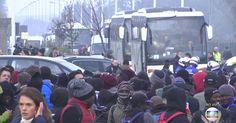 Começa retirada de migrantes da 'Selva' de Calais, na França