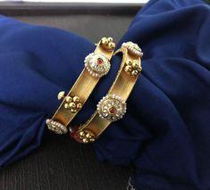 Saved by radha reddy garisa Plain Gold Bangles, Gold Bangles Design, Jewelry Design, Sapphire Bracelet, Diamond Bangle, India Jewelry, Gold Jewelry, Baby Jewelry, Antique Jewelry